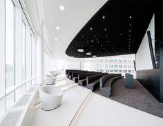 Eneco's New Rotterdam eco-Headquarters - Conference Room