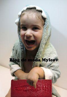 SORPRESA! Presentamos nuestro blog de moda - Blog de moda Myleov  http://blog-de-moda.myleov.es/presentamos-nuestro-blog-de-moda/