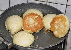 Salzige Dampfnudeln (Rezept mit Bild) von t_segler | Chefkoch.de