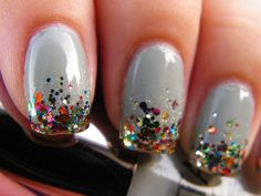 Awesome sparkly holiday mani!