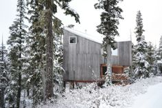 Proyecto: Cabaña Alpina en Canadá  Arquitectos: Scott & Scott Architects  Areá de construcción: 100 m²,  Ubicación: Vancouver, Canadá