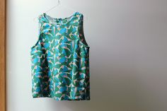It's not everyday you get to host a prize-winning singlet on your blog. A few of Justine's amazing singlet-y makes are on bombazine. The Tessuti Kate top pattern. #sew @tessutifabrics #katepattern #tessutipattern