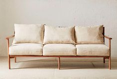 Midcentury sofas have an enduring appeal, anchoring a room and mixing well with other pieces, both modern and traditional. Here we present our 10 current m Find Furniture, Home Furniture, New Living Room, Living Room Decor, Mid Century Couch, Linen Couch, Office Sofa, Mid Century Style, Fabric Sofa