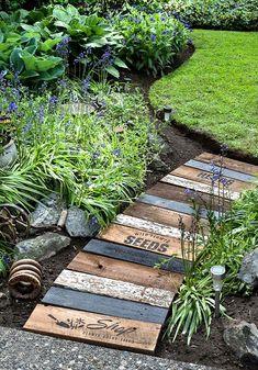 Landscape Edging Stone, Wood Walkway, Walkway Ideas, Pallet Walkway, Wood Path, Porch Ideas, Patio Ideas, Backyard Ideas, Garden Cottage