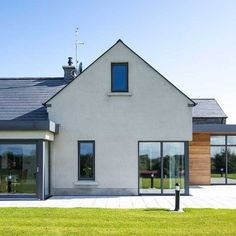 New Build In County Armagh Informasi dan tips mengenai rumah minimalis Cottage Exterior, Modern Farmhouse Exterior, Dream House Exterior, Modern Bungalow House, Modern House Plans, Modern House Design, House Designs Ireland, Self Build Houses, Bungalow Renovation