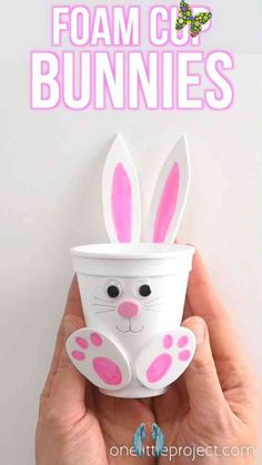 How to Make Foam Cup Bunnies   DIY Foam Cup Easter Bunnies These foam cup bunnies are SO CUTE! I love how easy they are to make with simple craft supplies! Fill them with candy, chocolate eggs, pencil crayons, or even small toys. They take less than 10 minutes and make an awesome Easter treat idea! Make them as a decoration for the Easter table, or give them away as small Easter gifts. This is such a fun Easter craft for kids!<br> These foam cup bunnies are SO CUTE and simple! Fill them with… Easter Projects, Easter Crafts For Kids, Craft Projects, Kids Diy, Easter Activities For Kids, Summer Crafts, Easter Crafts For Preschoolers, Easter Ideas For Kids, Art Crafts For Kids