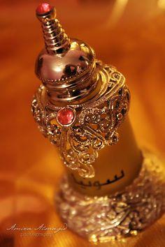 lostindesert:    Arabic parfume by ~amirajuli