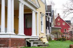 Vieilles maisons colorees de Charlottetown