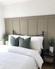 Bedroom furnishings - How to create DIY Board and Batten wall panelling – Bedroom furnishings Interior Design Blogs, Diy Interior, Interior Modern, Bedroom Interior Design, Interior Livingroom, Home Bedroom, Bedroom Furniture, Ikea Bedroom, Spare Bedroom Decor