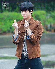 ✿ ∥ © sixth sense ∥ q; all in or fighter? a; IDK BUT MAYBE ALL IN?? IDK ㅡ 【 #monstax #몬스타엑스 #hyungwon #chaehyungwon #형원 #채형원 #몬엑 #monbebe #몬베베 #stuck #네게만집착해 】 ㅡ
