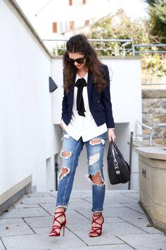FashionHippieLoves http://www.fashionhippieloves.com/