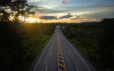 Summer Road Trip Safety - Have Fun and Stay Safe on the Roads - NewsBlaze News Automobile, Anime Conventions, Driving School, Driving Teen, Ways To Travel, What To Pack, Travel Around, Travel Guides, Budapest
