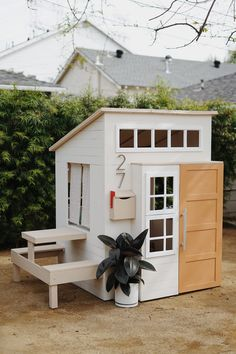a modern outdoor kids playhouse makeover - almost makes perf.-a modern outdoor kids playhouse makeover – almost makes perfect a modern outdoor kids playhouse makeover – almost makes perfect - Modern Playhouse, Build A Playhouse, Playhouse Outdoor, Kids Playhouse Plans, Modern Kids Playhouses, Outdoor Playset, Playhouse Furniture, Girls Playhouse, Childrens Playhouse