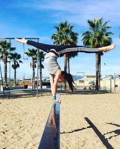 I love Annie Leblanc gymnastics skills! Annie Leblanc Gymnastics, Annie Gymnastics, Gymnastics Poses, Amazing Gymnastics, Gymnastics Workout, Gymnastics Pictures, Dance Pictures, Cool Pictures, Gymnastics Skills