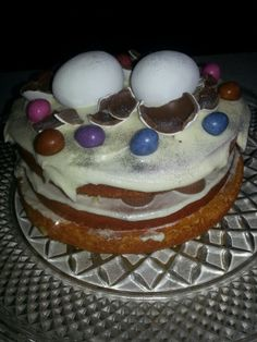 Easter egg Surprise Cake. Chocolate eggs hidden in between cake layers.