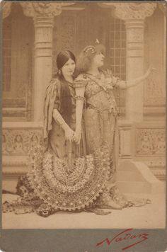 Nadar - Sarah Bernhardt as Gismonda, albumen print