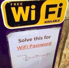 Ce gérant de café qui vous fait résoudre des équations pour avoir accès au Wifi. | 26 personnes dont la cruauté n'a pas de limites