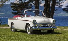 Hillman Minx Series IIIC convertible of 4 cylinder engine. This was the last production date of the convertible model. This fine example is RHD. Vintage Cars, Antique Cars, Car Advertising, Car Car, Old Cars, Volvo, Jaguar, Cars And Motorcycles, Hot Wheels