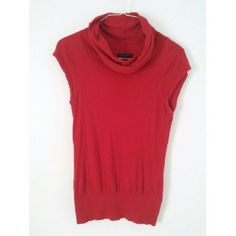 Sleeveless top Red crowl neck, sleeveless top. Light weight sweater material. Prefect for Spring! Tuck into a skirt for work or wear casually with jeans! Banana Republic Tops Tank Tops