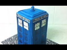 Dr Who inspired TARDIS cake.