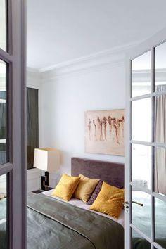 Zen bedroom in Paris