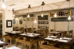 Fishop - Barcelona > Restaurants > projects > Lázaro Rosa Violán - Contemporain Studio - via http://bit.ly/epinner