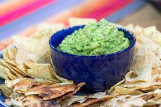 Juan Pablo whips up delicious guacamole for Cinco de Mayo