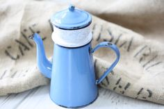 Vintage French enamelled blue coffee pot 1900s. by Passesimple, €68.00