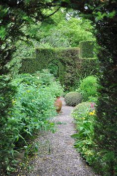 Cothay Manor - Flip - Picasa Web Albums Stepping Stones, Albums, Garden, Outdoor Decor, Home, Picasa, Stair Risers, Garten, Lawn And Garden