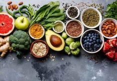 Είμαστε αυτό που τρώμε Clean Eating, Stop Eating, Smoothie Bowl, Snack Recipes, Healthy Recipes, Snacks, Healthy Food, Diverticulitis Diet, Fresh Figs