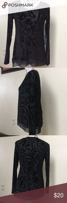 NWT sz S Simply Vera Wang black sheer/velour look Classy & sassy😊.  The pics do not do this top justice - the blend of sheer & velour/velvety look is soooo pretty!  Sz S Simply Vera Vera Wang Tops Blouses