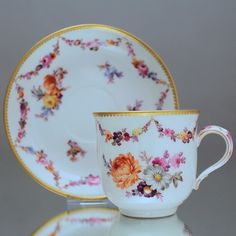 Tea Cup Set, My Cup Of Tea, Tea Cup Saucer, China Cups And Saucers, Teapots And Cups, Teacups, Antique Tea Cups, China Tea Sets, Fries