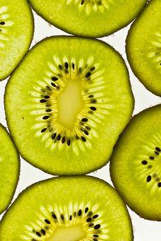 Kiwi, una fruta colmada de beneficios para nuestra salud