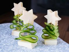 Christmas dessert made easy: 12 healthy recipes without sugar Cucumber Appetizers, Low Carb Pizza, Food Decoration, Food Humor, Christmas Desserts, Make It Simple, Food And Drink, Xmas, Healthy Recipes