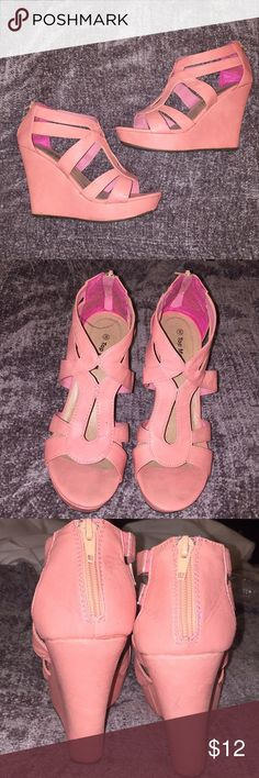 Coral wedges Coral wedges. Zipper in the back. Gently used but in good condition. Shoes Wedges