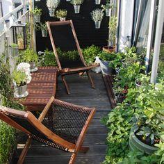 sitting area on balcony.