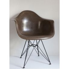 Original DAR Eames chair by Herman miller   TheVintagestorestives.com  £675