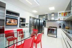 Cozinha cinza com branco. @ligiaenicollearquitetura