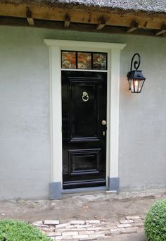 Porch Lighting, Entrance Doors, Home Reno, Modern Rustic, My Dream Home, Exterior Design, Tall Cabinet Storage, Beautiful Homes, Sweet Home