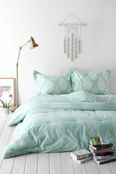 Plum & Bow Kylee Block Comforter