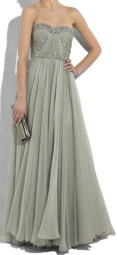 yaudah cukup tau aja ini duuh :( > MARCHESA Embellished silk-chiffon gown
