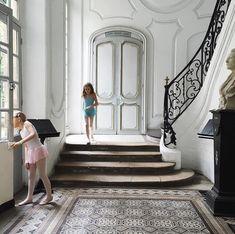 Imagen de ballet, mansion, and childhood
