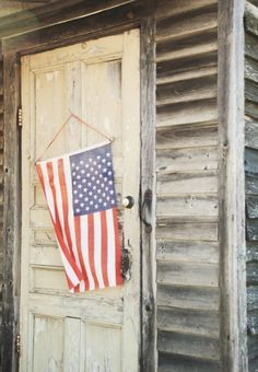 How to Decorate with an Americana Theme I Love America, God Bless America, American Pride, American Flag, A Lovely Journey, Yankee Doodle Dandy, Star Spangled Banner, Sea To Shining Sea, Home Of The Brave