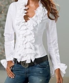 Shop Boston Proper for women's fashion that is chic, sensuous and unique. Exclusive designs with the most wanted styles in tops, jeans and pants. Browse for the newest must-have dresses, knit tops and accessories Casual Chic, Casual Wear, Casual Outfits, Blouse Styles, Blouse Designs, Mode Ab 50, Mode Pop, Elegantes Outfit, Beautiful Blouses