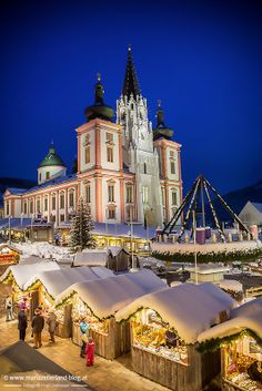 The beautiful pilgrimage Basilica in Mariazell, Austria is just a wonderful backdrop for its seasonal Christmas Market. The Basilica dates back to the year 1200 AD. Christmas Markets Europe, Christmas Travel, Places To Travel, Places To See, Places Around The World, Around The Worlds, Wonderful Places, Beautiful Places, Europe Centrale