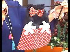 Bolsito con cordones 4/4 - YouTube Disney, Youtube, Wreaths, Ideas, Sun, Girls Bags, How To Make Bags, How To Make, Hipster Stuff