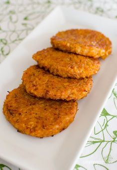 Slimming Slimming Eats Risotto Patties - Gluten Free, Vegetarian, Slimming World and Weight Watchers friendly - Healthy Eating Recipes, Vegetarian Recipes, Cooking Recipes, Healthy Food, Slimming Eats, Slimming World Recipes, Risotto Cakes, Risotto Rice, Veggie Delight