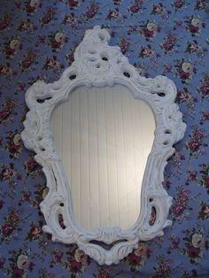 :: Início > THELMA ZANARDO > espelho provençal ( 47x71 )  Meu carrinho    espelho provençal ( 47x71 )    Facebook     moldura em gesso com espelho      Informações do Produto  Preço: R$ 90,00