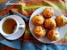 Αλμυρά Muffins με Λουκανικάκια και Πιπεριές   Είμαστε Γυναίκες   Το απόλυτο γυναικείο περιοδικό Muffins, Breakfast, Recipes, Food, Morning Coffee, Muffin, Essen, Meals, Eten