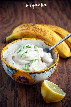 Vegan cuisine: Lemon mint ice cream with banana Mint Ice Cream, Vegan Sweets, Camembert Cheese, Lemon, Recipes, Food, Kitchens, Rezepte, Essen